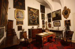 October 2017 - Antiques & Fine Arts Auction
