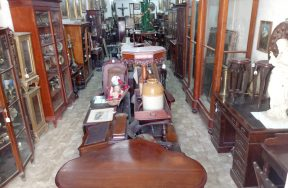 September 2018 Antiques & Home Furnishings